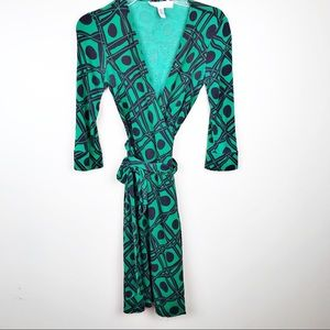 DVF Diane vonFurstenberg vintage Julian wrap dress